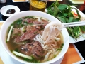 Best Saigon restaurants and food streets for Traveler at night